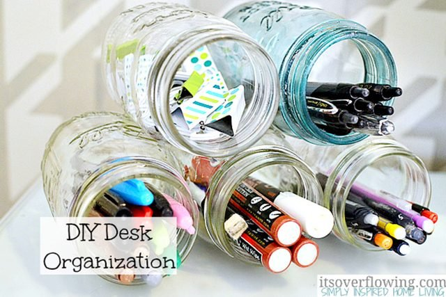 07-think-clever-ways-organize-desk-its-overflowing