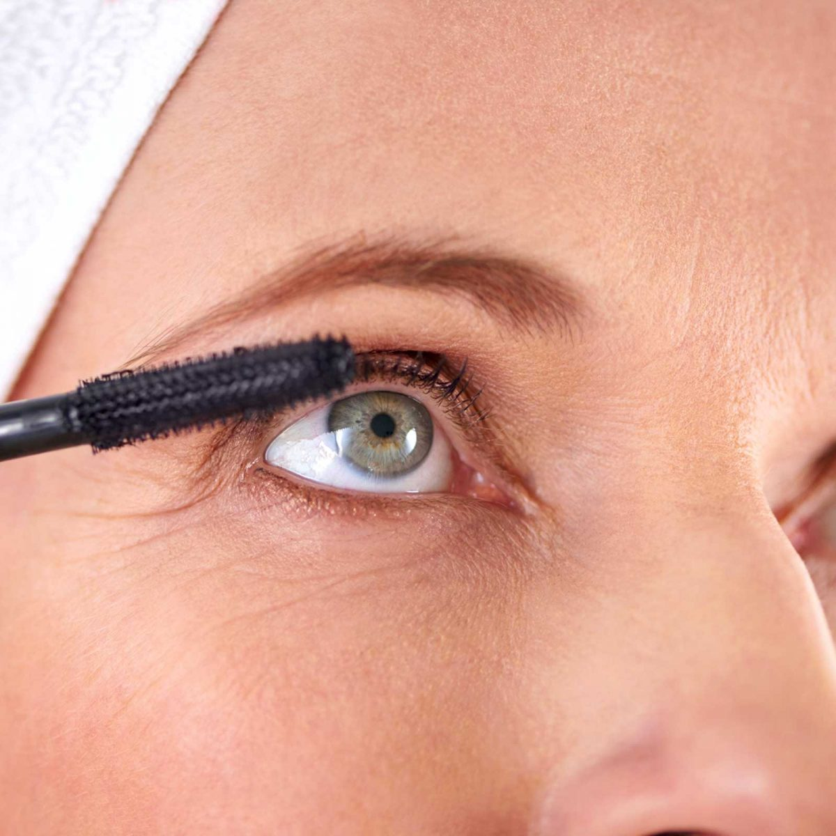 Makeup Tips to Know by Age 40 | Reader's Digest