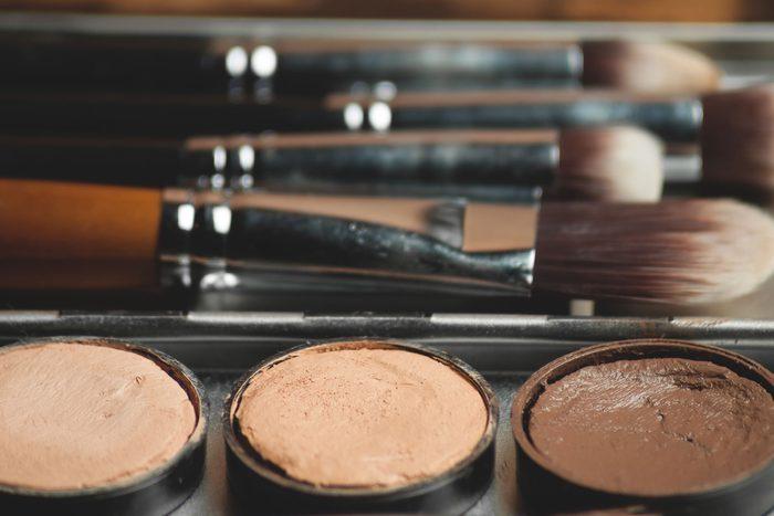 12-contouring-makeup-artists