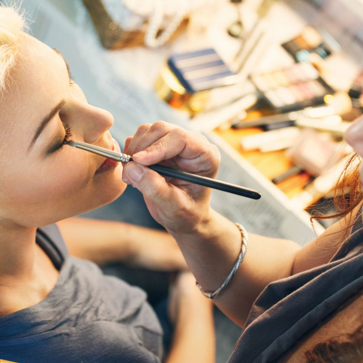 Secrets Makeup Artists Wish They Could Tell You   Reader's Digest