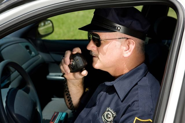 38-acknowledge-right-things-police-officers-want-you-to-know