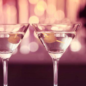 When Exactly Do You Stir vs. Shake a Drink?