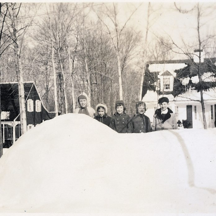 Best Dad Ever Built His Kids—and The Entire Neighborhood—an Incredible Igloo