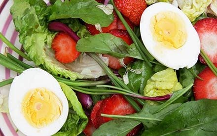 01-egg-food-combinations-boost-health-