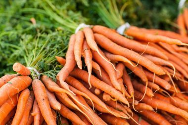 011_carrots_fresh_foods_never_store_together_