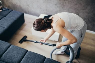 01_Vacuum_Ways_To_Turn_Household_chores_To_workouts