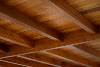 03-wood-do-you-need-to-paint-your-ceiling-white-453733787-HyperionPixels
