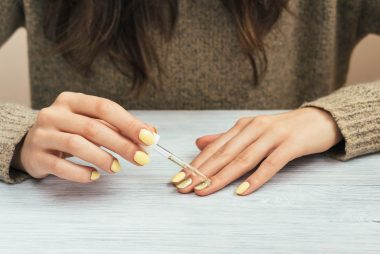 04_Chemicals_Simple_Ways_to_strengthen_Finger_nails
