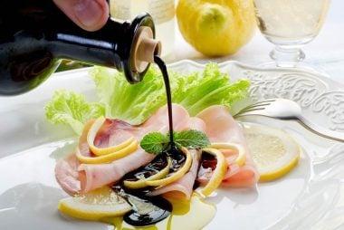 04_Nutrients_Surprising_health_benefits_Red_Wine_vinegar
