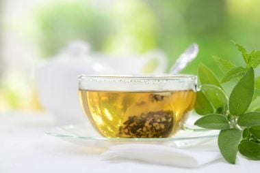 04_tea_foods_that_freshen_breath_immedietly_