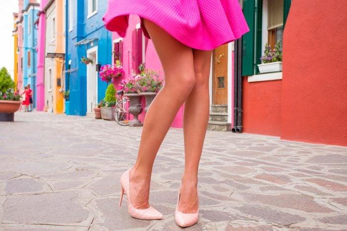 06-raise-outfit-tricks-fake-longer-legs