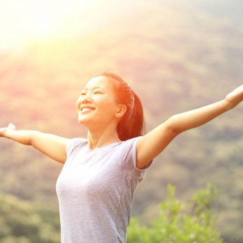12 Ways to Wake Up Happier Tomorrow Morning (and Every Morning)