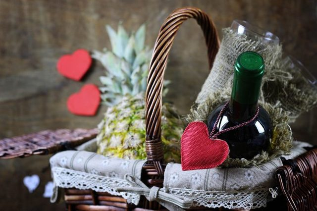 06_Sentiment_Tips_For_Best_Valentines_Day_Budget