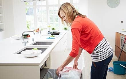 7 Tricks that Turn Household Chores into Legit Workouts
