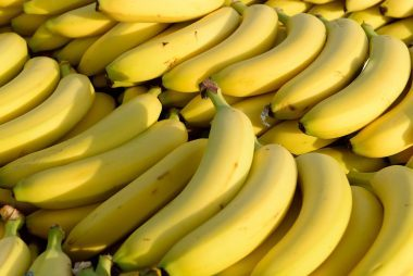 07_bananas_fresh_foods_never_store_together_