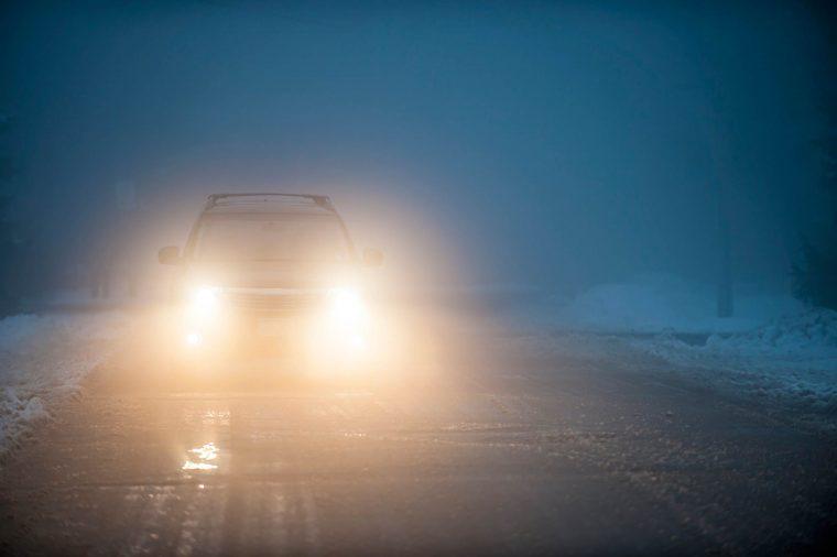 08_foggy_Routine_car_maintenace_