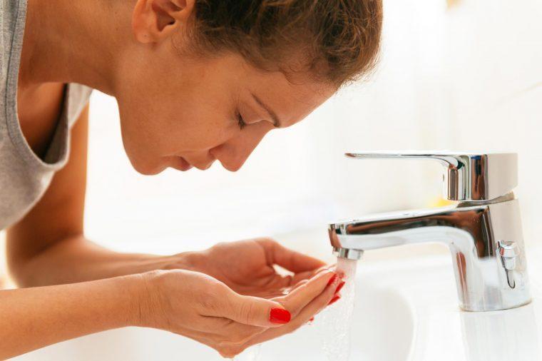 09-overwashing-myths-truths-large-pores