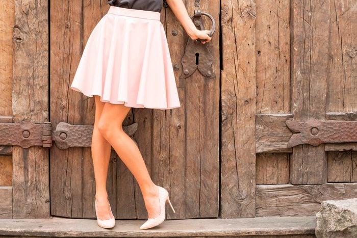 10-add-outfit-tricks-fake-longer-legs