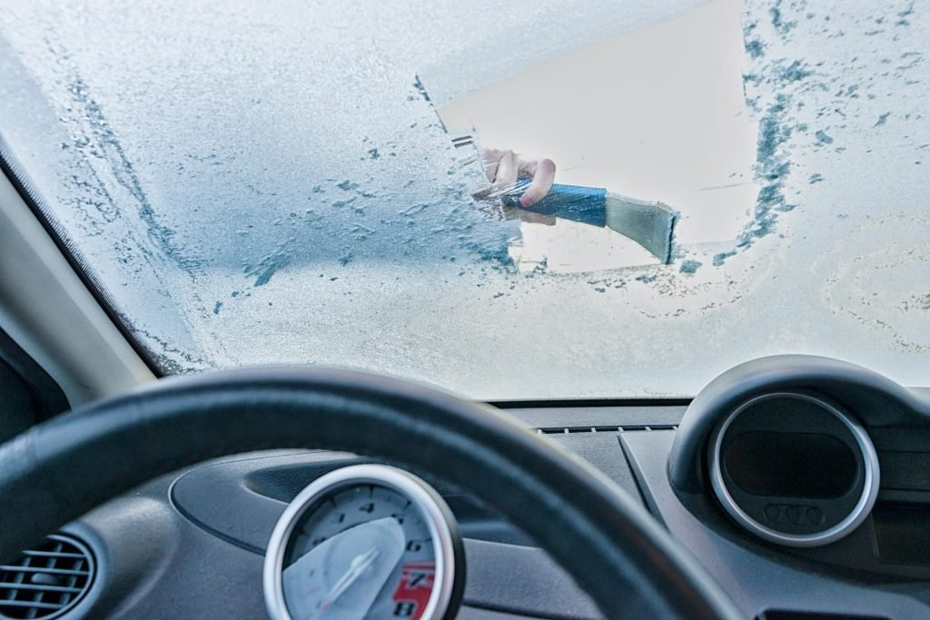 how-to-defrost-window-5-minutes