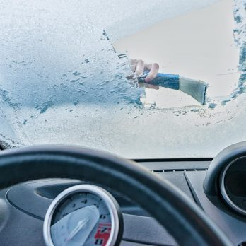 How to Defrost Your Windshield in Less Than One Minute