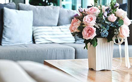 make your home smell good in every room reader 39 s digest. Black Bedroom Furniture Sets. Home Design Ideas
