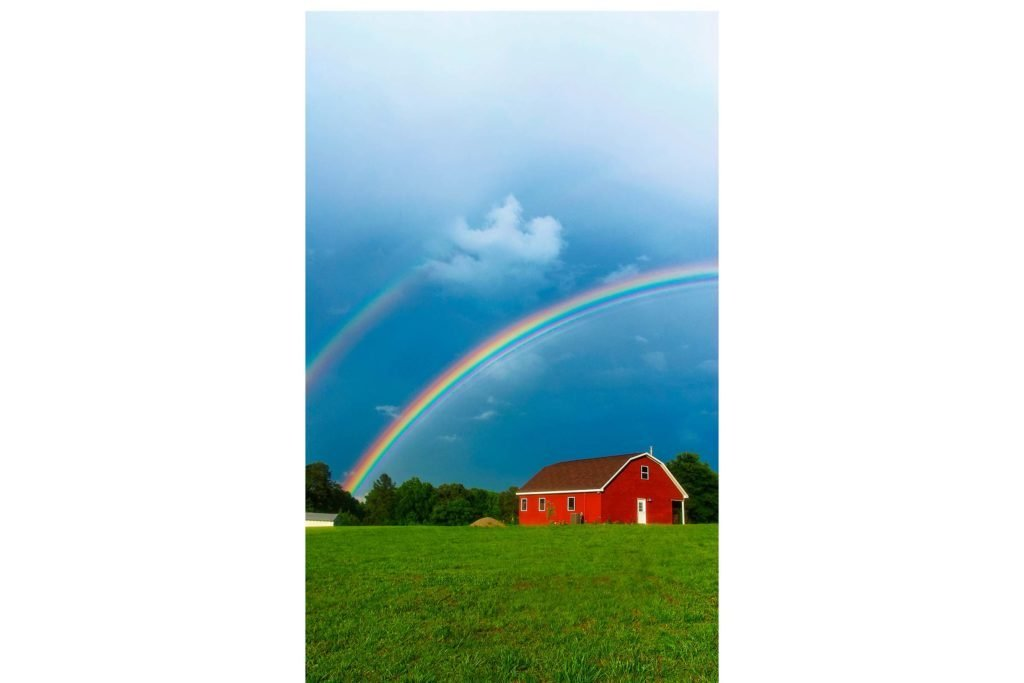 A-Double-Rainbow-to-Welcome-Home,-Ola!