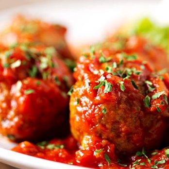 How to Make Meatballs Like a Professional Chef