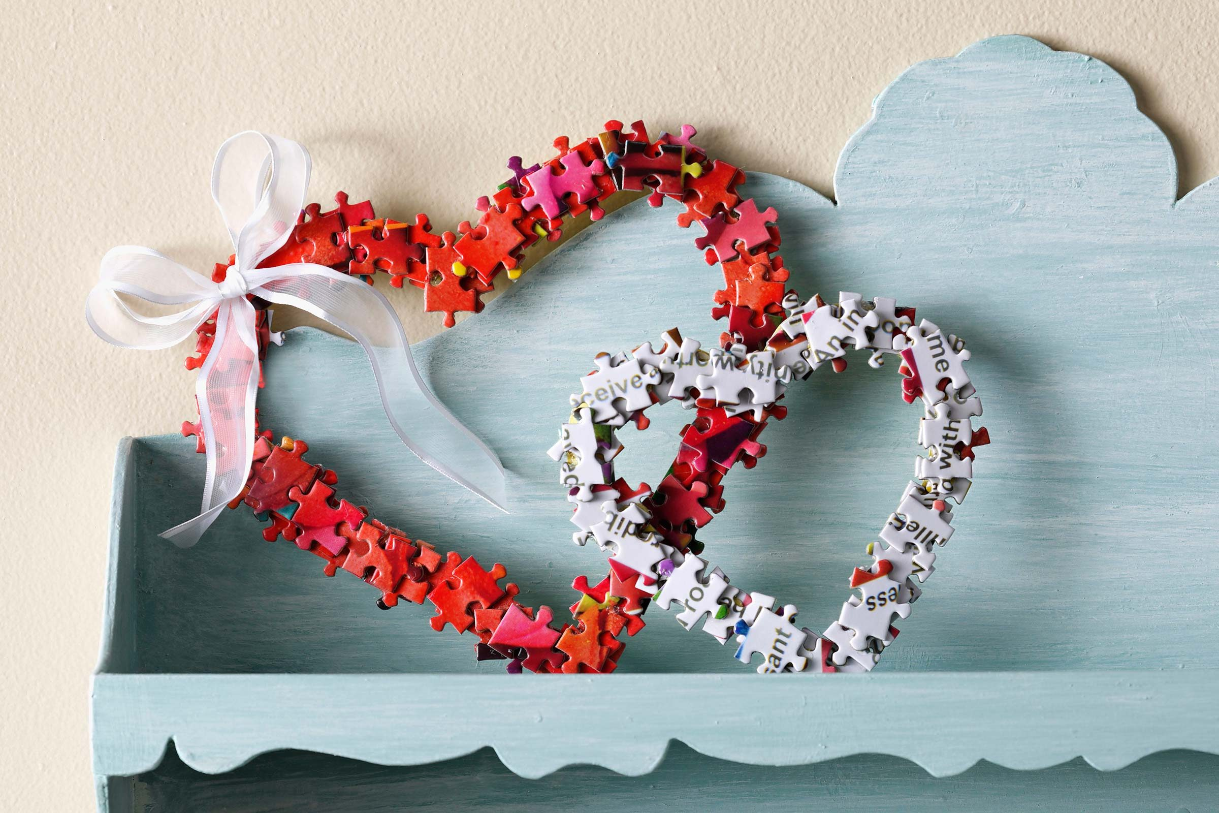 How to Turn Old Puzzle Pieces into the Sweetest Valentine's Day Wreath
