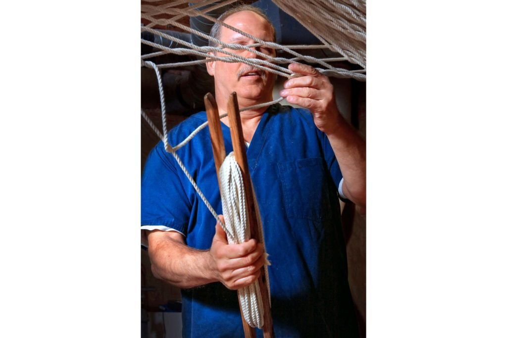 This-Blind-Craftsman-Has-Been-Weaving-Hammocks-for-30-Years