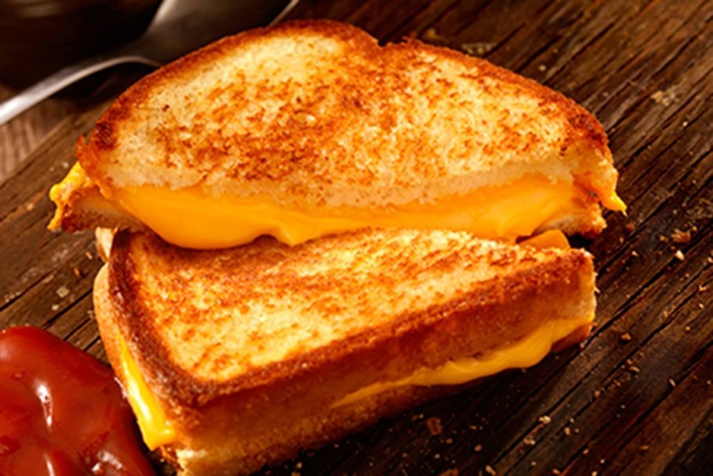 A-Professional-Chef-Reveals-the-Only-Way-You-Should-Be-Making-Grilled-Cheese
