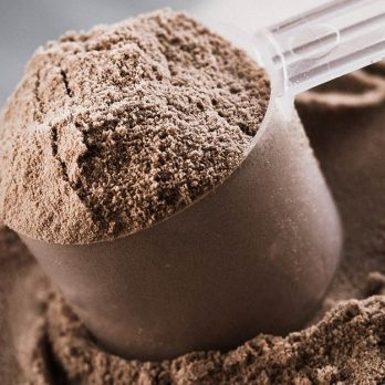 Thinking of Taking a Protein Powder? 7 Tips to Finding the Best One for You