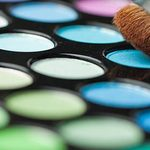 7 Must-Follow Hacks for Packing Makeup in a Carry-On