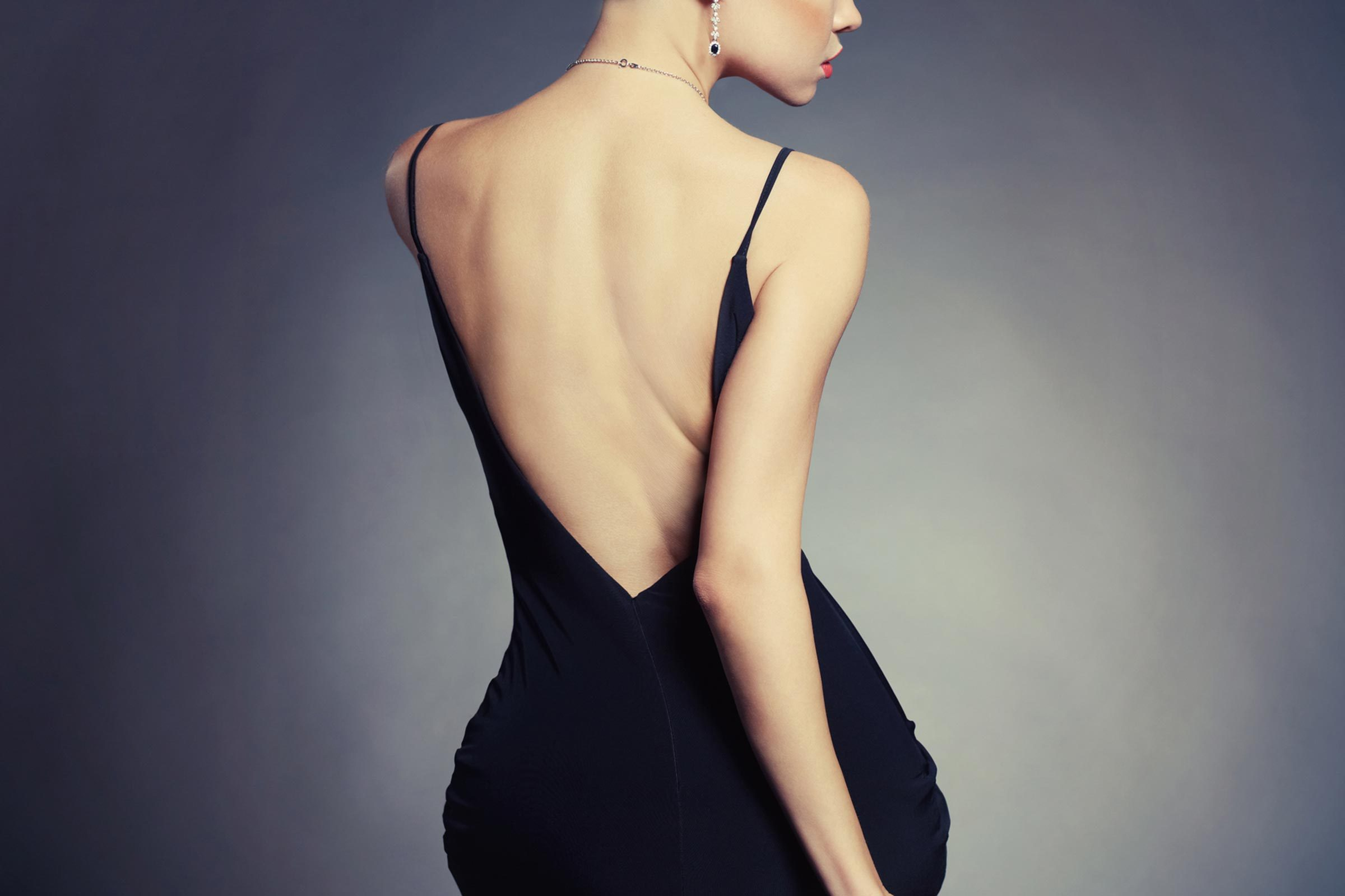 05-back-types-of-dresses-body-part-161910098-egorr