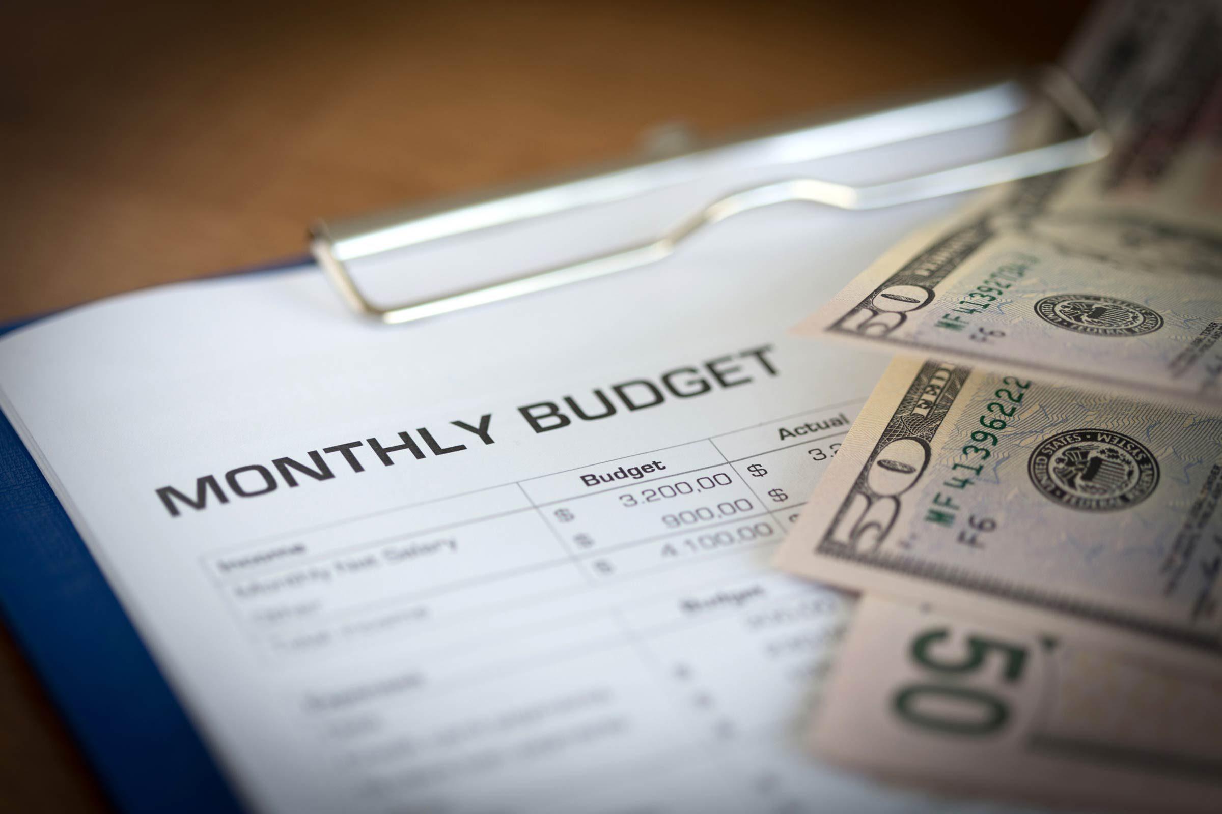 06_budget_Money_Habits_