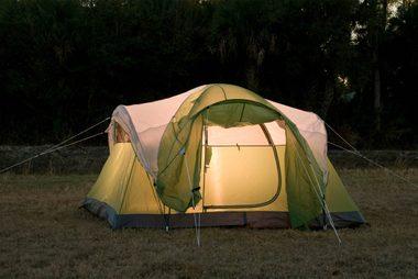 09_camp_Spring_break_staycation