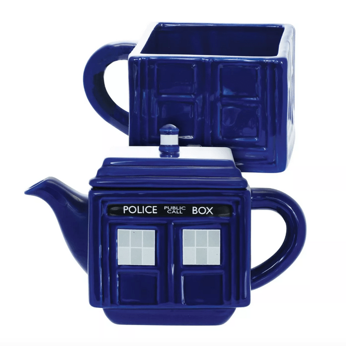 tea pot and mug set