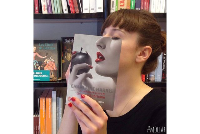 01-Here's-What-Happens-When-Bookstore-Employees-Get-Bored