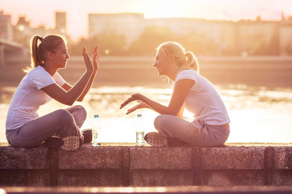 Secrets-of-the-Happiest-Friendships