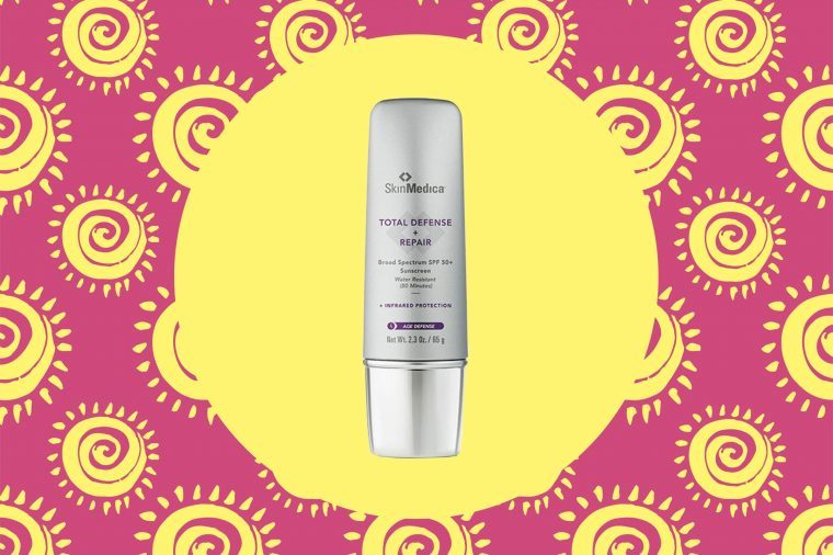 01-Sunscreens-Top-Dermatologists-Actually-Use-on-Themselves-via-skinmedica.com