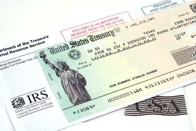 The-Smartest-Way-To-Spend-Your-Tax-Refund-(According-To-Science)