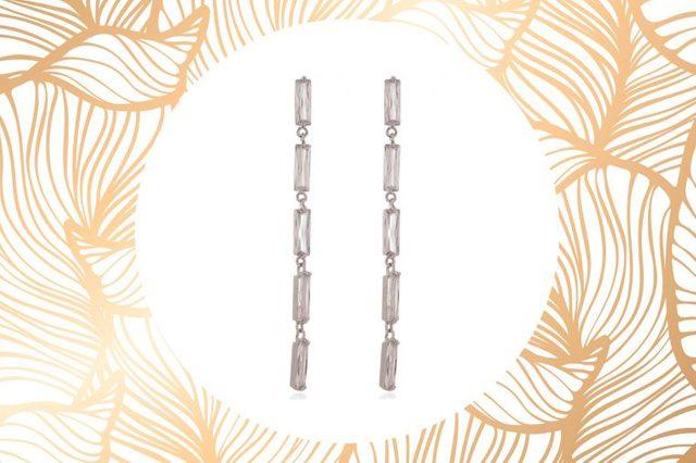 01-the-best-earrings-for-face-shape-538147087-biggaju