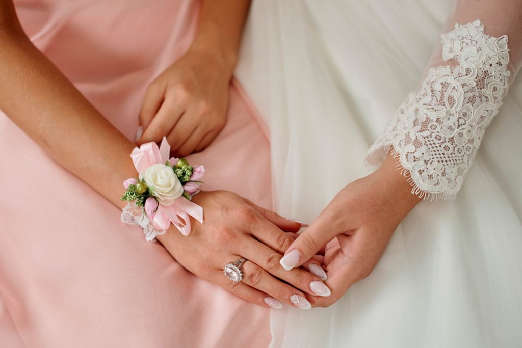 How-to-Say-No-to-Being-a-Bridesmaid—and-Still-Remain-Friends