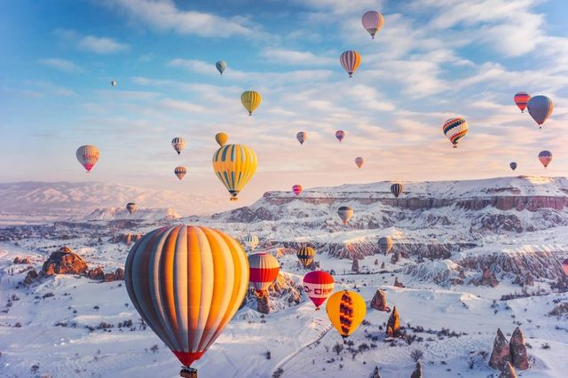 03-Photographer-Captures-the-Most-Breathtaking-Air-Balloon-Shots-You'll-Ever-See