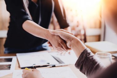 What Your Handshake Says About You | Reader's Digest