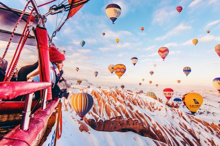 05-Photographer-Captures-the-Most-Breathtaking-Air-Balloon-Shots-You'll-Ever-See