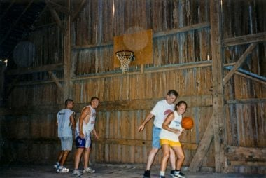 Barn-ball