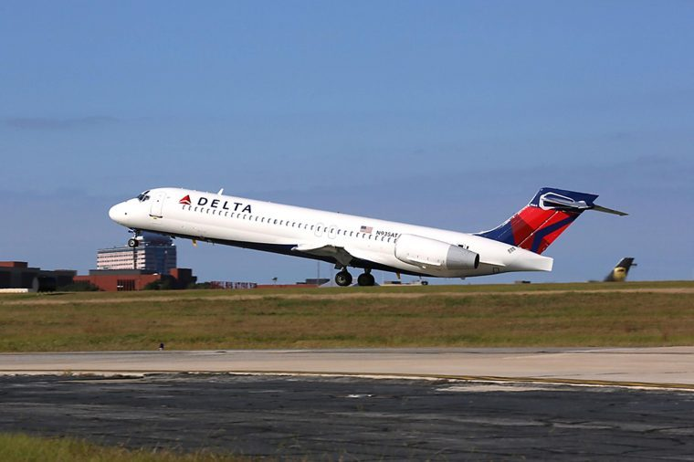 07-delta-These-Are-the-Best-and-Worst-Domestic-Airlines-via-delta.com