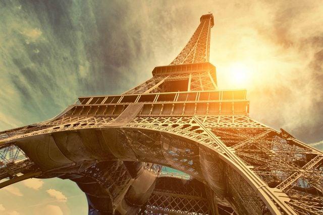 08_Eiffel_shutterstock_300595178