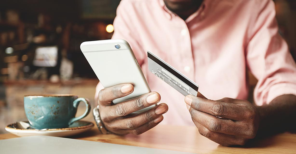 These Are Times You Should Never, Ever Use Your Credit Card for Payment