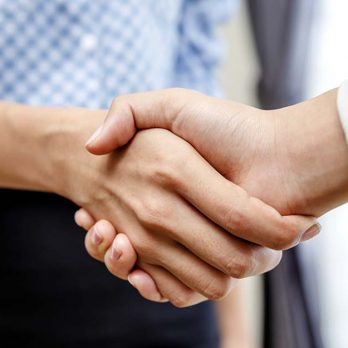 What Your Handshake Really Reveals About Your Personality